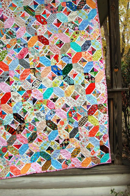 Kaori's Hugs and Kisses Quilt Edge