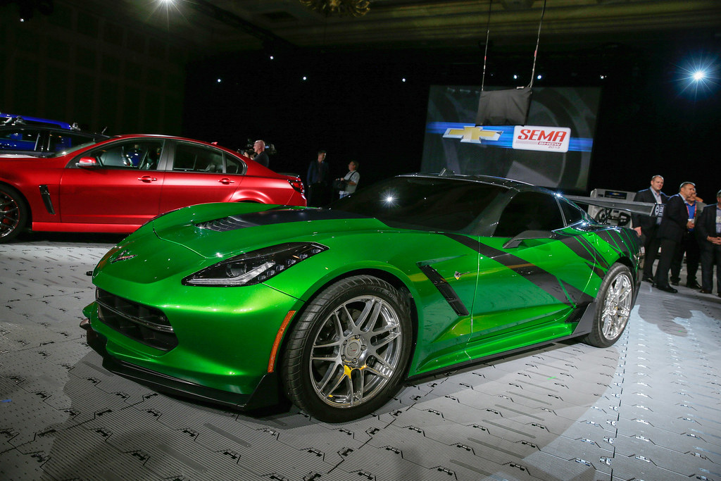 Neon Green Corvette C7 corvette stingray live