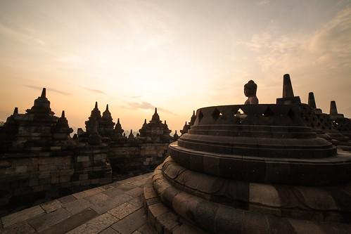 morning travel sunrise indonesia buddha stupa unescoworldheritagesite yogyakarta borobudur centraljava mahayanabuddhisttemple borobudurtemple borobudurtemplecompounds guptaarchitecture restoredtemple