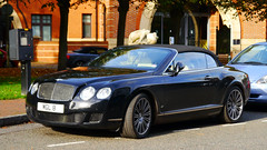 automobile, automotive exterior, bentley continental supersports, wheel, vehicle, automotive design, bentley continental gtc, bentley continental flying spur, city car, bentley continental gt, personal luxury car, land vehicle, luxury vehicle, bentley, coupã©, convertible,