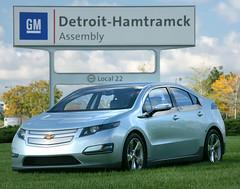 city car(0.0), chevrolet(1.0), automobile(1.0), automotive exterior(1.0), vehicle(1.0), automotive design(1.0), compact car(1.0), chevrolet volt(1.0), sedan(1.0), land vehicle(1.0),