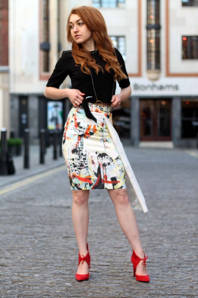 Zara PRINTED ASYMMETRIC SKIRT (2)