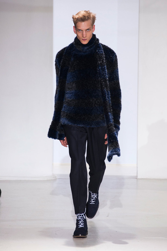 Paul Boche3553_FW14 Paris John Lawrence Sullivan(VOGUE)