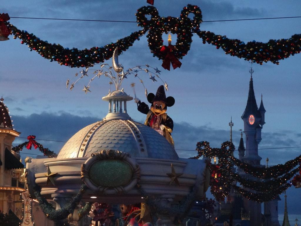 Un séjour pour la Noël à Disneyland et au Royaume d'Arendelle.... - Page 4 13695914284_eeaa136714_b