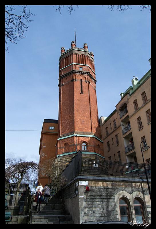 Estocolmo qué ver - Torre en la plaza Mosebacke