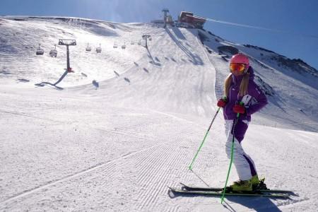 Italské Bormio, tradiční dějiště Světového poháru v alpském lyžování, bylo v polovině března skoro v ideální kondici - sněhu dostatek, v týdnu se jezdilo bez front a nebyl problém najít si sjezdovku jen pro sebe....