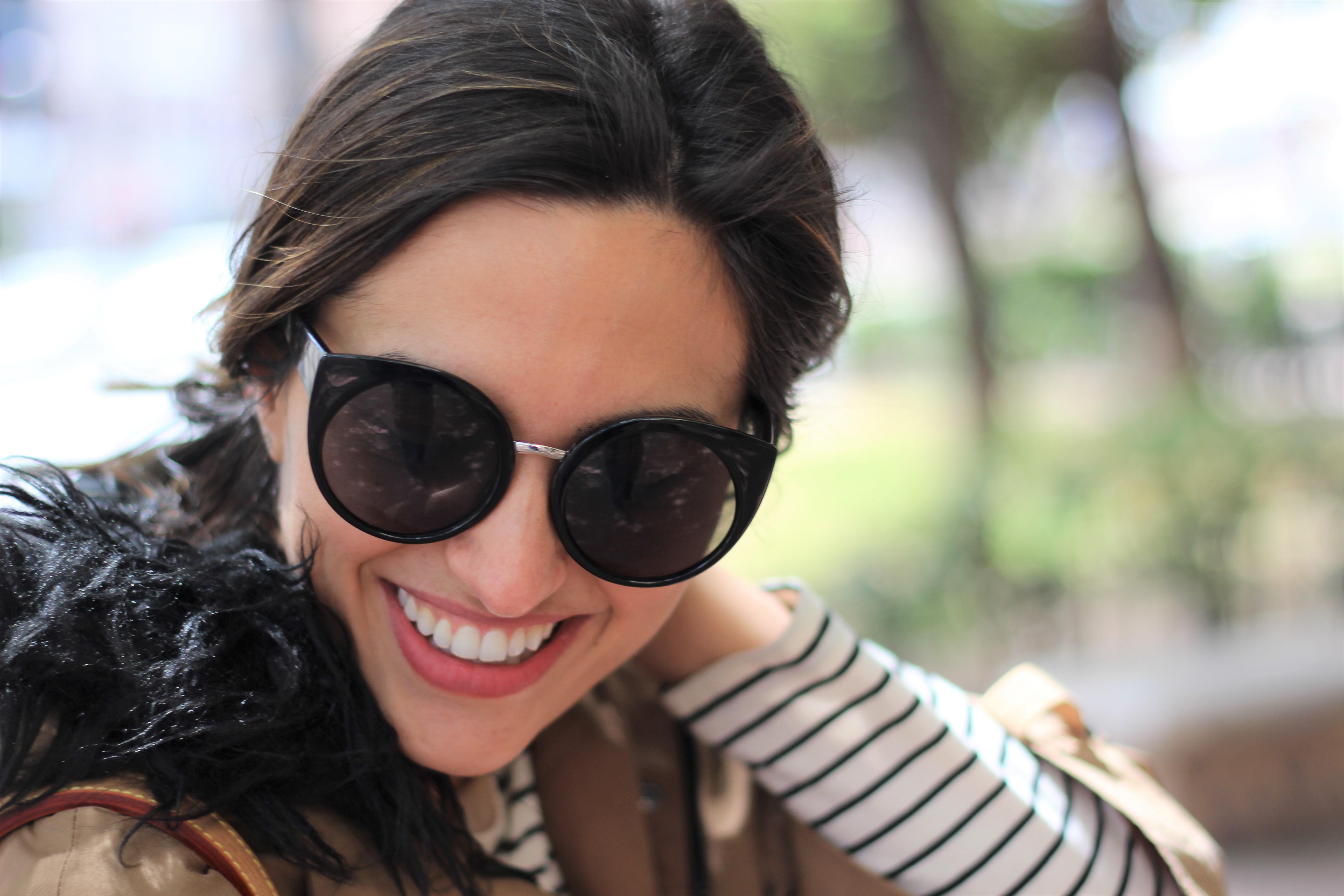 Rayas y gabardina_ Rojo Valentino Blog (31)