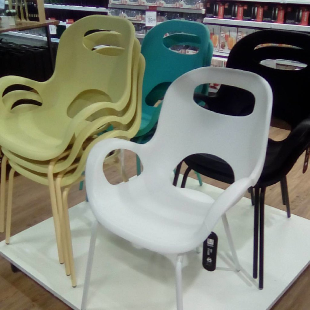 Cadeira Oh Chair De Karim Rashid Para A Umbra A Venda Na Etna. Amo Esta