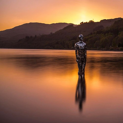 Sunset at St Fillans, Loch Earn. . . . #longexposure #Loch #Earn #mirror #man #sculpture #s_s_s #sunset #robmullholland #scotland #instamood #architecture #igersscotland #instago  #wanderlust #visitscotland #visituk #l4l #like4like #this_is_scotland #iger