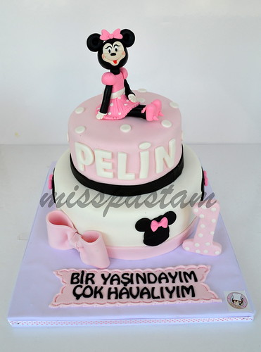 Minni mouse cake by MİSSPASTAM