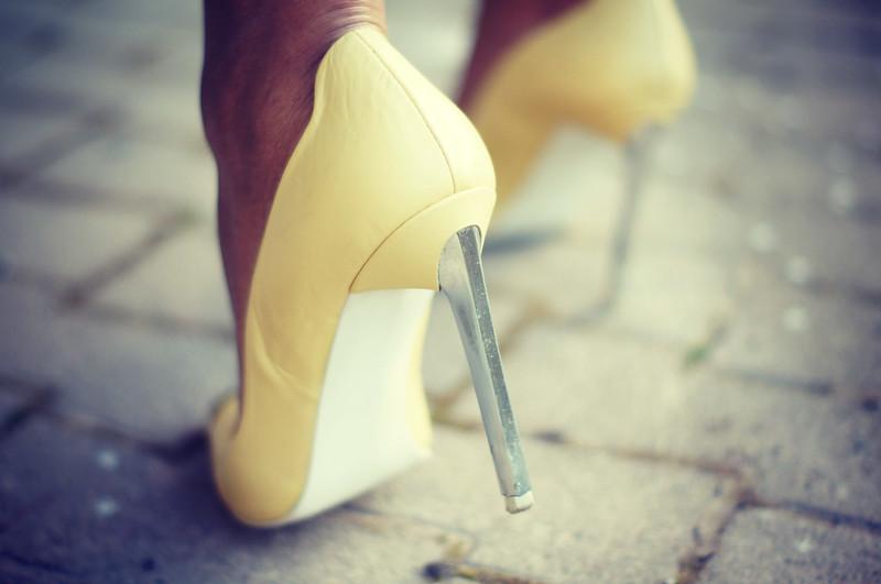 Yellow Heels2