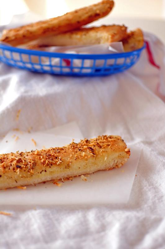 Pizza Hut Breadsticks 1