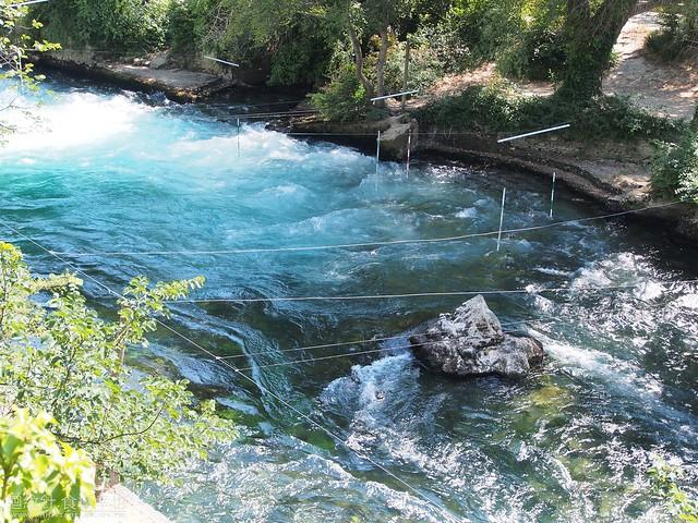 Fontaine de Vaucluse  碧泉村
