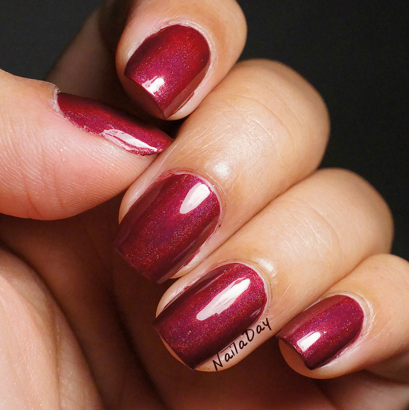 NailaDay: Borghese Sonata Berry Franken