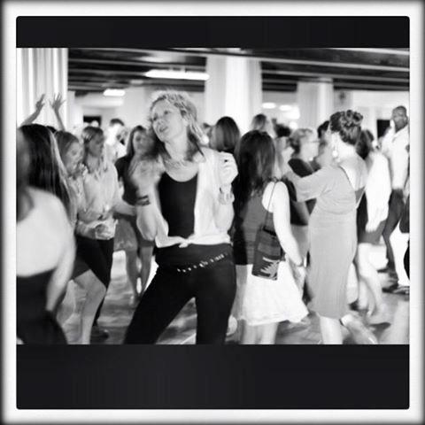 bossy-dancing-iambossy