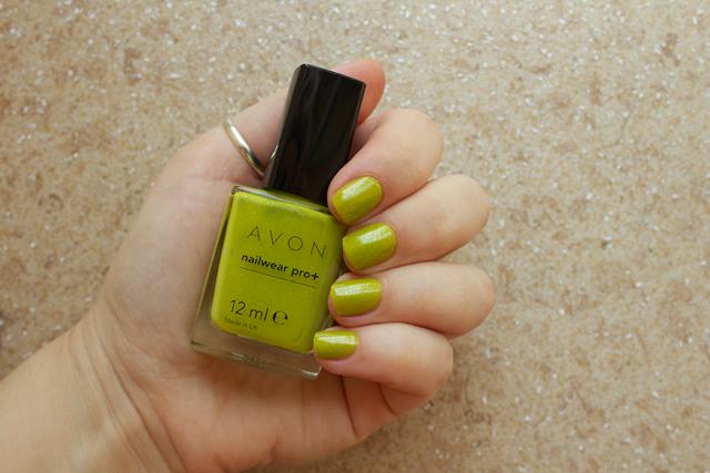 01-avon-divine-lime