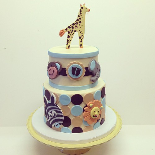 Animals baby shower cake #polkadotscupcakefactory