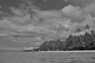 Bohol - Alona Beach water