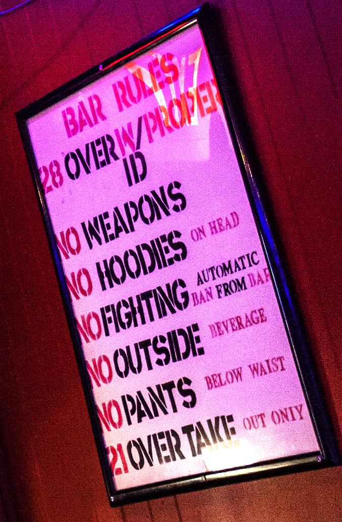 Brian's-Sports-Bar--Frankford-(detail)