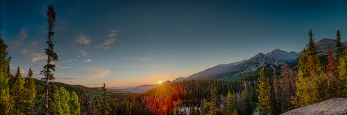 trees panorama usa sun lake sunrise nationalpark colorado unitedstates pano denver panoramic pines rockymountain sunburst rmnp estespark overlook hdr dreamlake nymphlake 2013