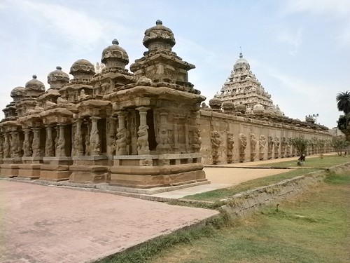 R1-Kalasanadhar-Temple-Kanchipuram-India-7th-Century-1