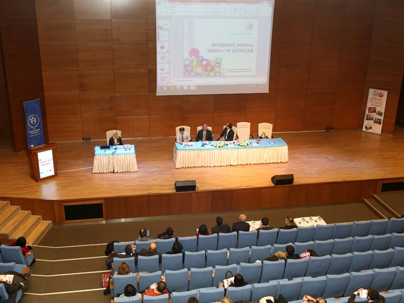 'Bilgelerin İzinde' Prof. Dr. Nevzat Tarhan'ı Ağırladı