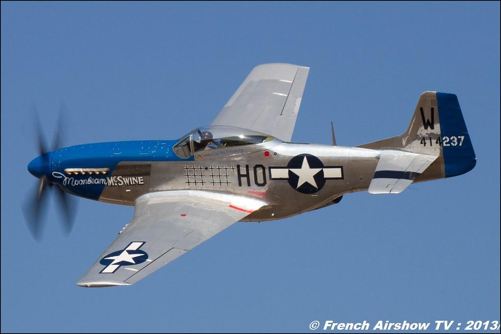 P-51D Mustang de M. Frédérick Akary Moonbeam McSwine par Free Flight World Masters Valence 2013 ,bleu ciel airshow 2013,