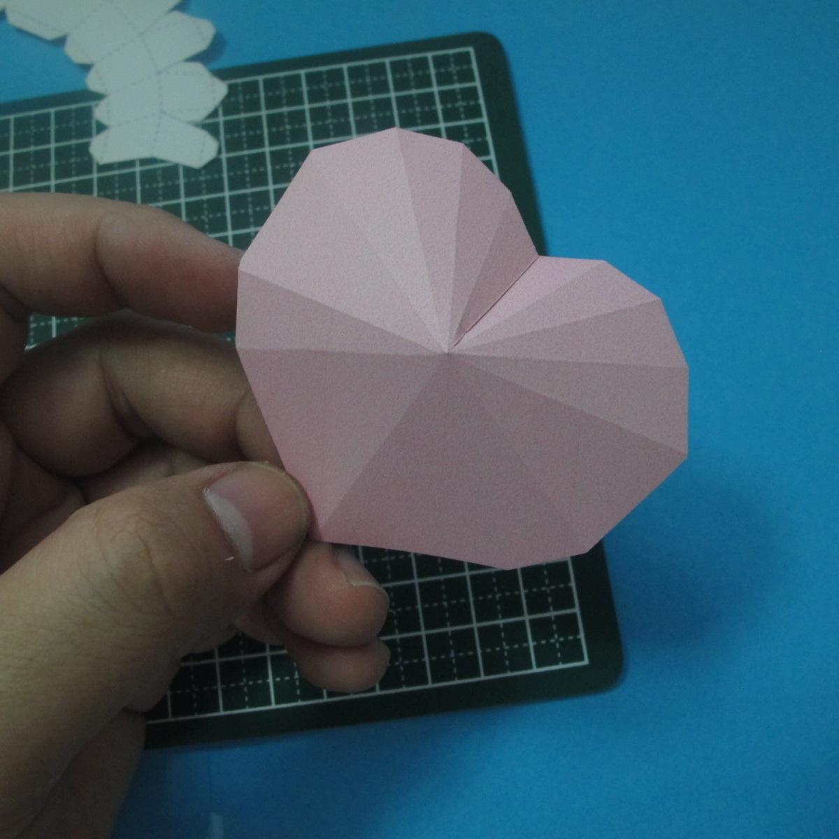 วิธีทำของเล่นโมเดลกระดาษรูปหัวใจ 005