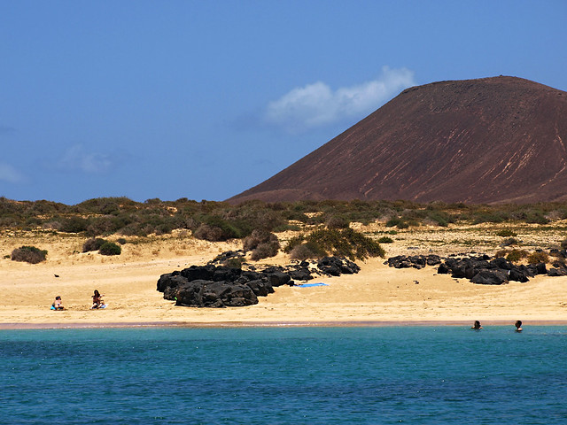 Secluded beaches, La Graciosa, Lanzarote