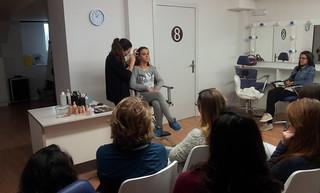 Muestra de maquillaje con aerógrafo
