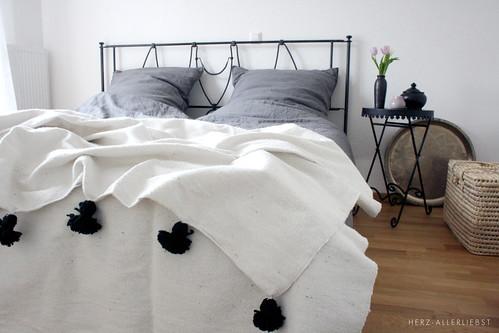 sleep well herz allerliebst. Black Bedroom Furniture Sets. Home Design Ideas
