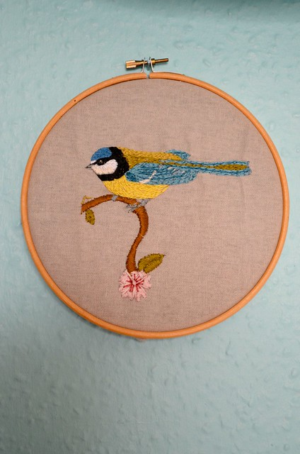 Tend Blue Tit free embroidery pattern
