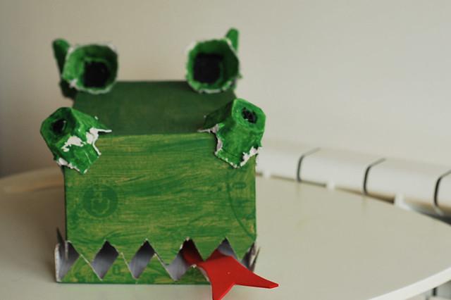 dragón drac sant jordi cartón cartró