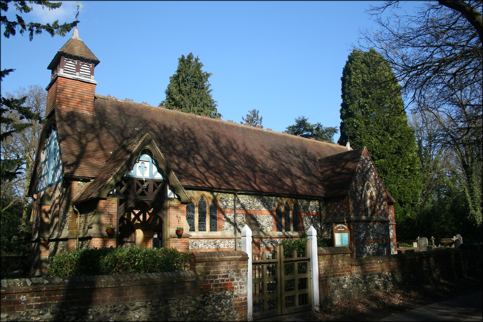 Church at Littleworth Common