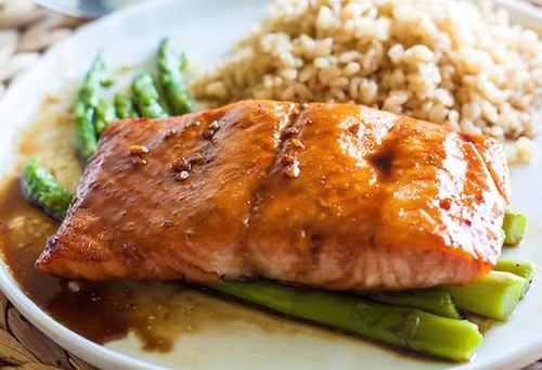 Glazed Salmon Recipe with Ginger and Honey