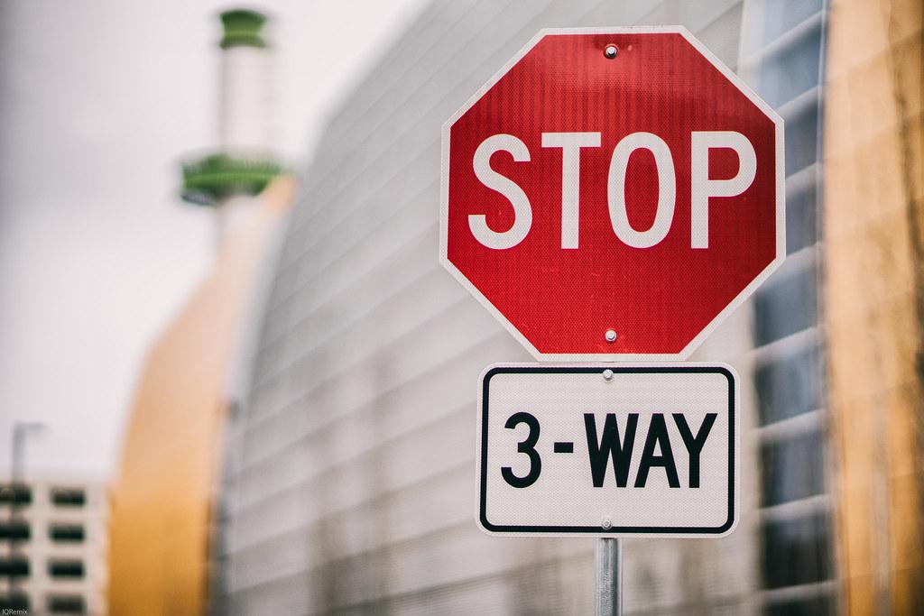 STOP - 3 Way