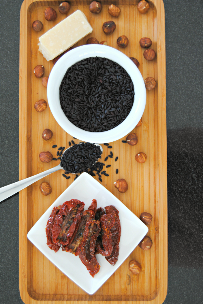 Black Risotto with hazelnuts and dried tomato (001b)