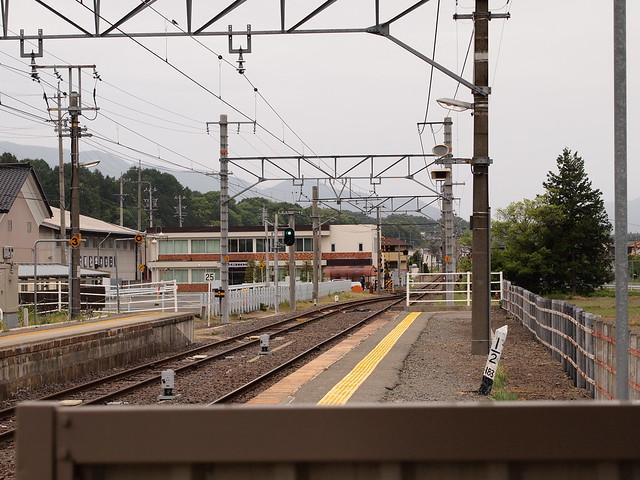 2013.05.19 北殿駅ホーム