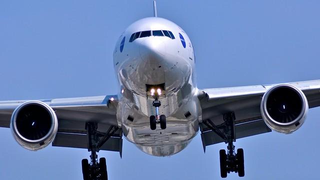 Osaka International Airport RWY32L