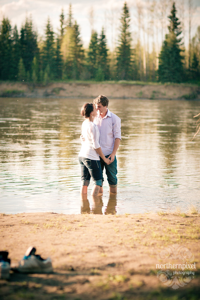 Nechako River Engagement Session - Prince George BC Wilkins Park