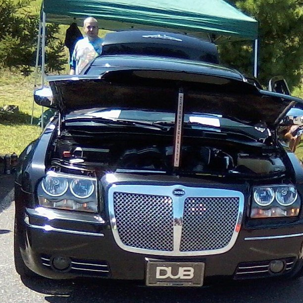 Black Pimped Out #carshow #chrysler #chromedout #300 #ct