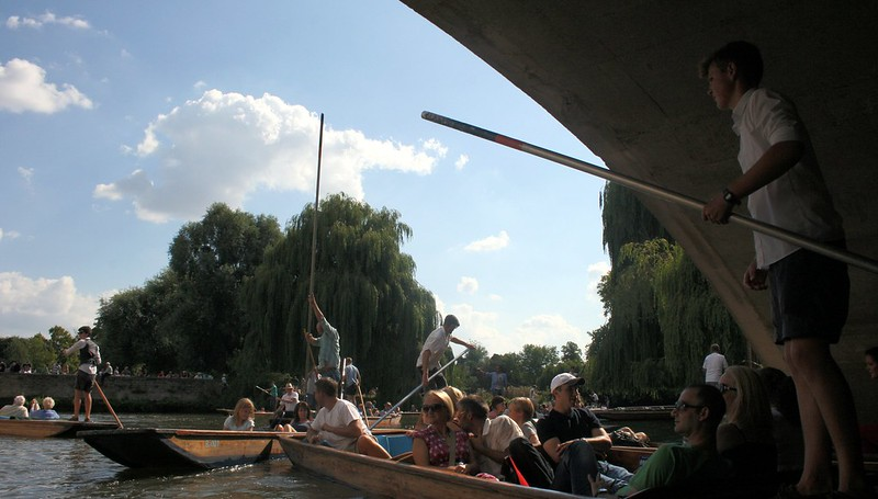 Britannika Cambridge punting