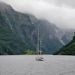 Navigazione nel Nærøyfjord