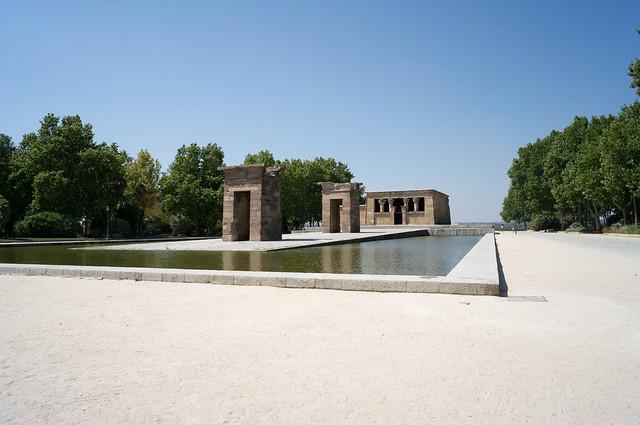マドリード モンターニャ公園 デボー神殿