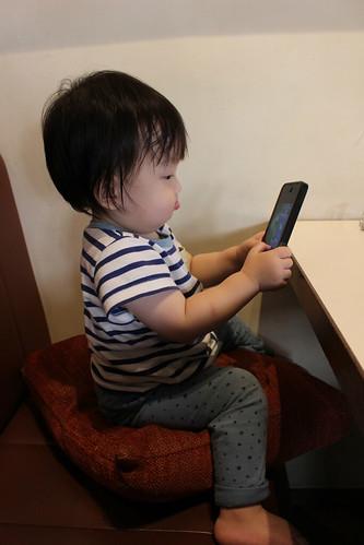 カフェ食堂mid.(ミド)_クッション