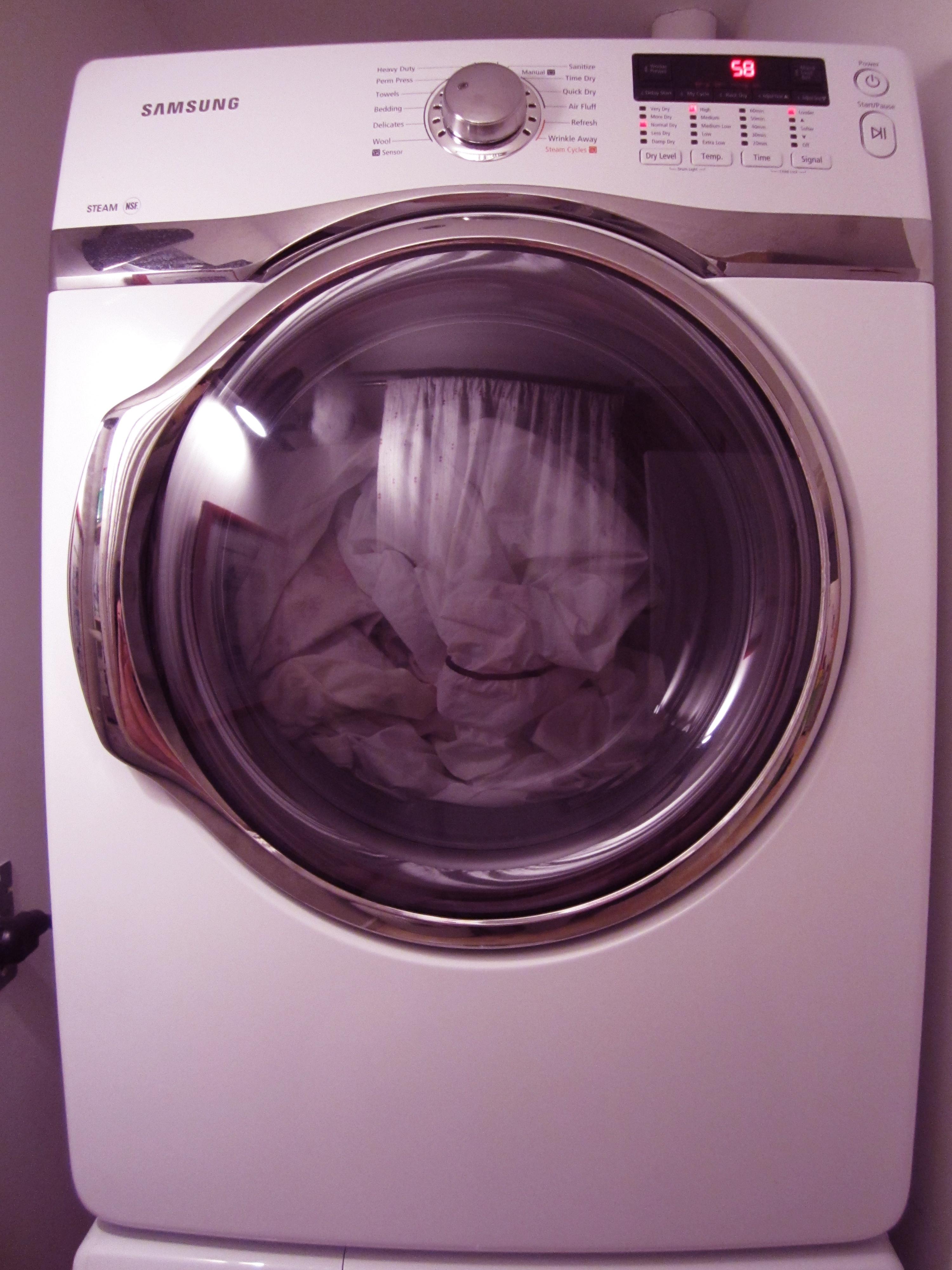 salle de lavage/laundry room