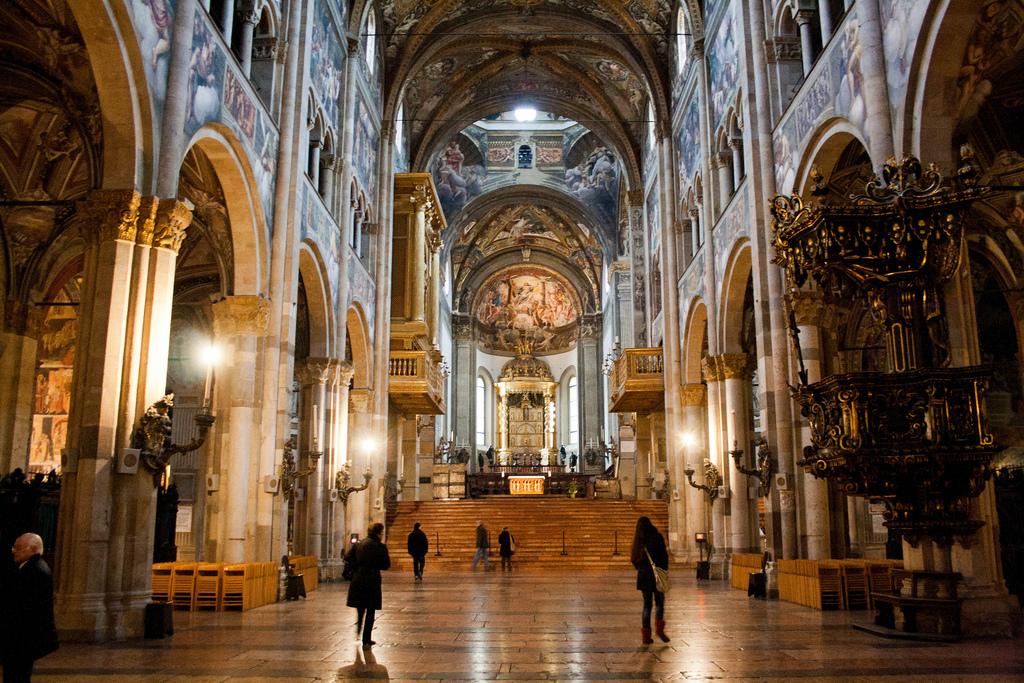 21. Interior de la catedral de Parma. Autor, Fprado