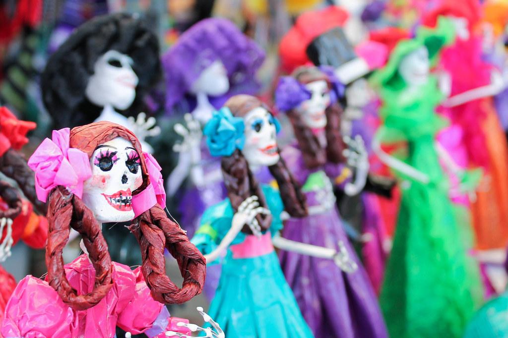 Dia de los Muertos display 2