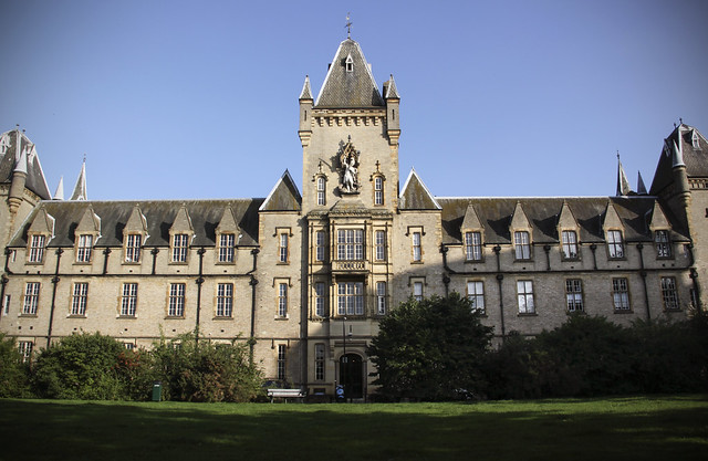 Royal Victoria Patriotic Building