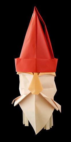 Origami Nicolaus (René Lucio & Jan Spütz)